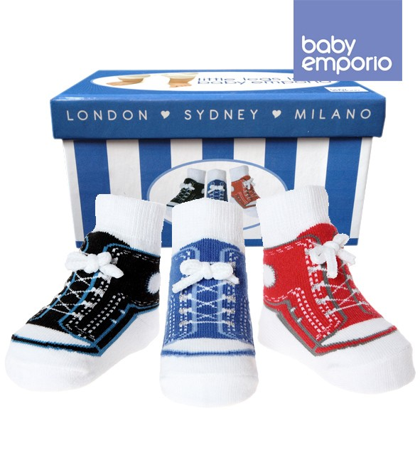 big sale d1c95 f7d6d Baby- Emporio - 3 Paar-Baby Jungen Socken , die wie Schuhe aussehen  -Anti-Rutsch-Baumwolle - Geschenkbeutel-0-9 Monate
